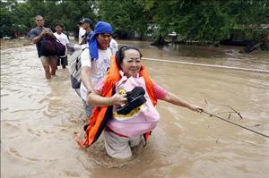 Ayuda a los sobrevivientes del tifón Morakot